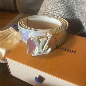 Louis Vuitton Shape 40mm Belt Size 110